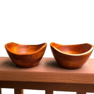 Cherry Finish Wavy Rim Bowls